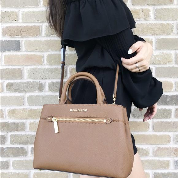 4255498e09ea35 Michael Kors Bags | Gabys Satchel Bag Luggage | Poshmark